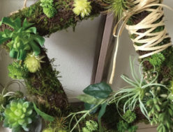 グリーンリース スクエアリース 四角リース 多肉植物 アーティフィシャルフラワー 高級造花 セダム