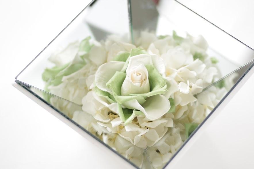 鏡,バラ,プリザーブドフラワー,贈り物.花,置物,プレゼント,アジサイ,さわやか